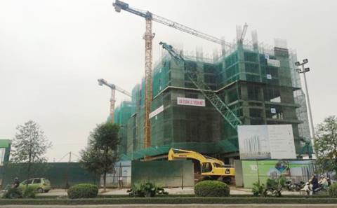 Dự án Ecolife Capitol được quảng cáo rầm rộ có vị trí đắc địa ngay tại mặt đường Lê Văn Lương kéo dài. Ảnh: Vân Hằng