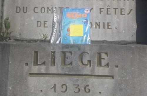 [Pokemon Go]                       Người Bỉ 'săn' sách thay vì Pokemon                                     734